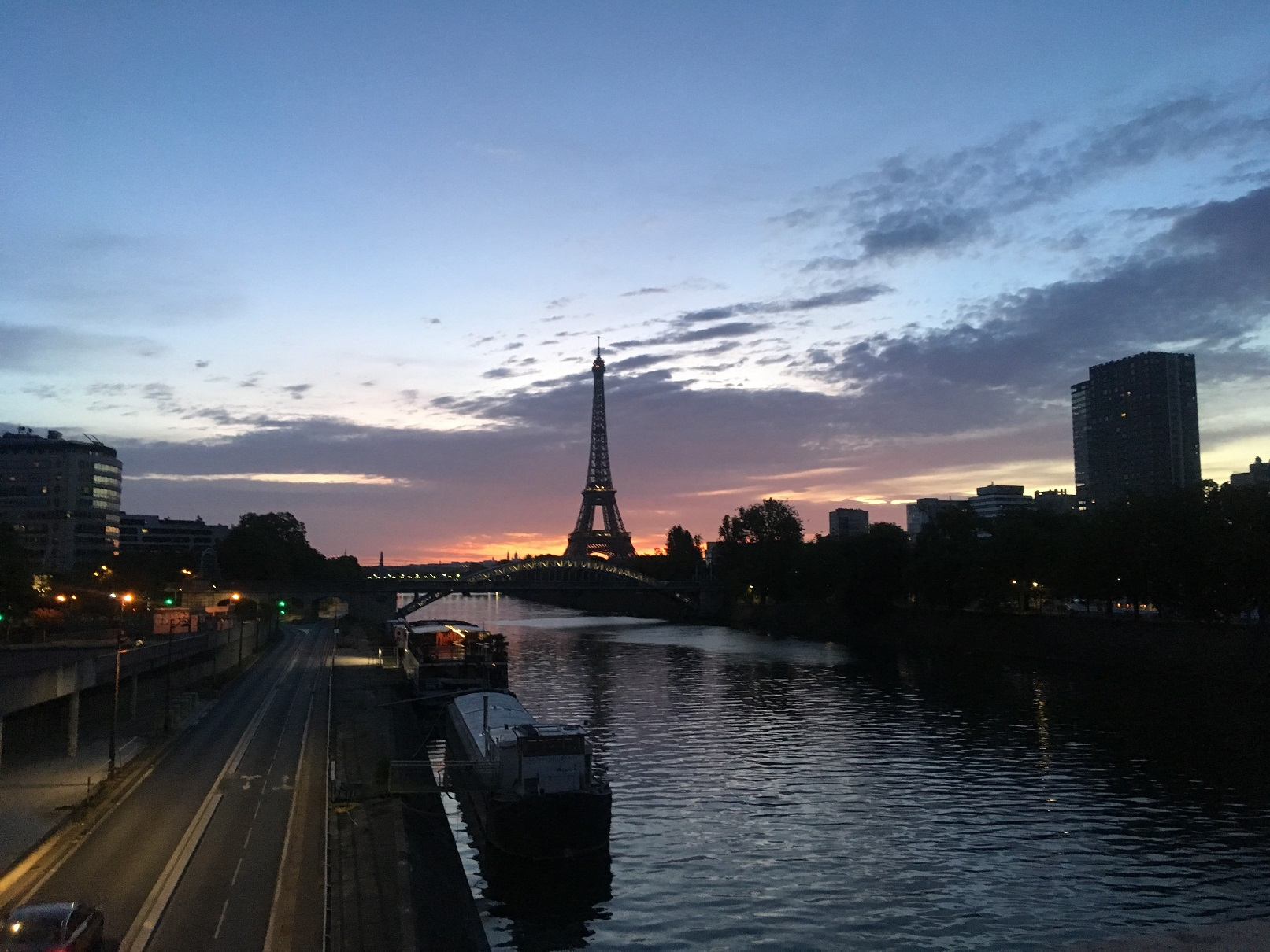 Arthur BQ 2017 Sunrise in Paris.